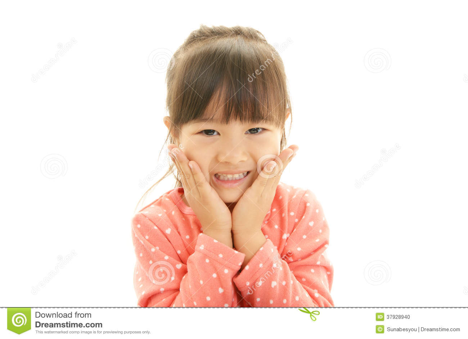 Счастливая азиатская улыбка девушки