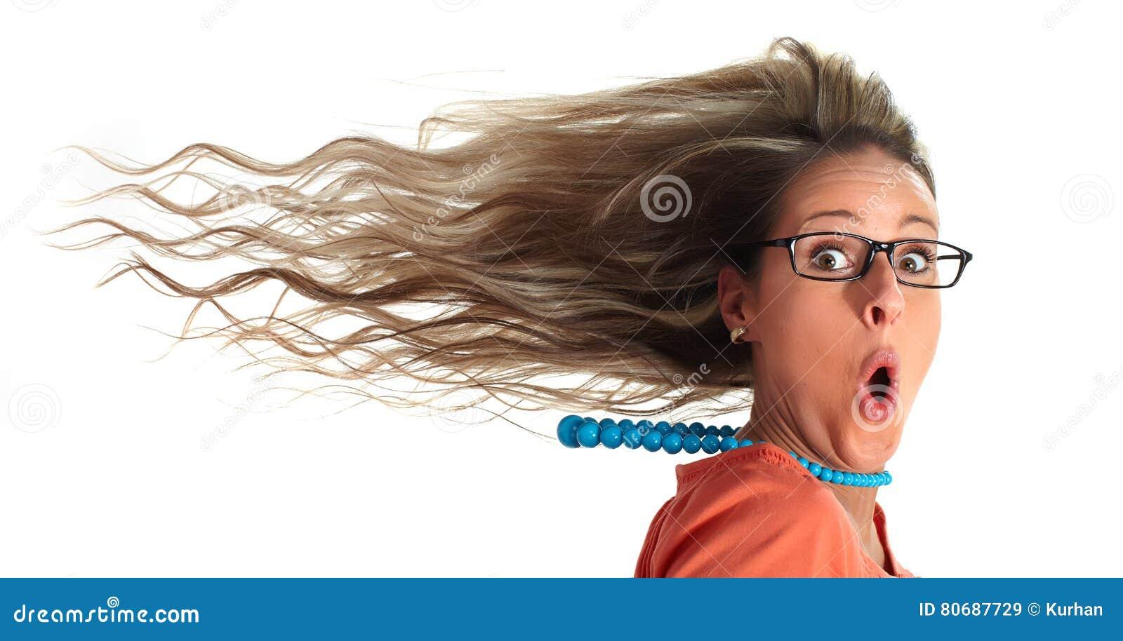 Счастливые волосы женщины