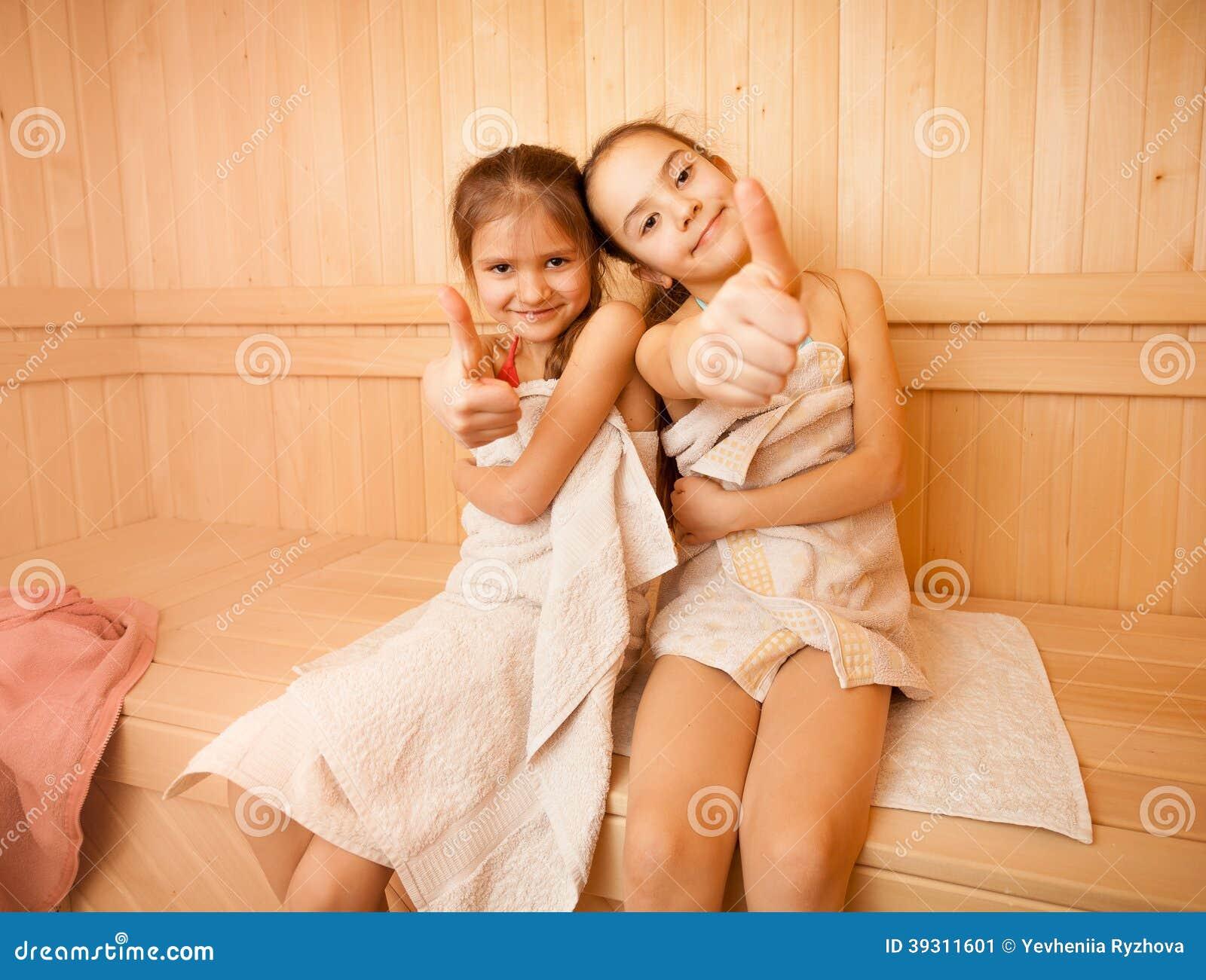девочки в бане сауне