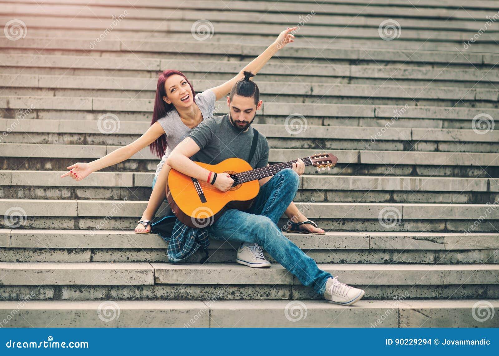 Счастливые пары в датировка влюбленности