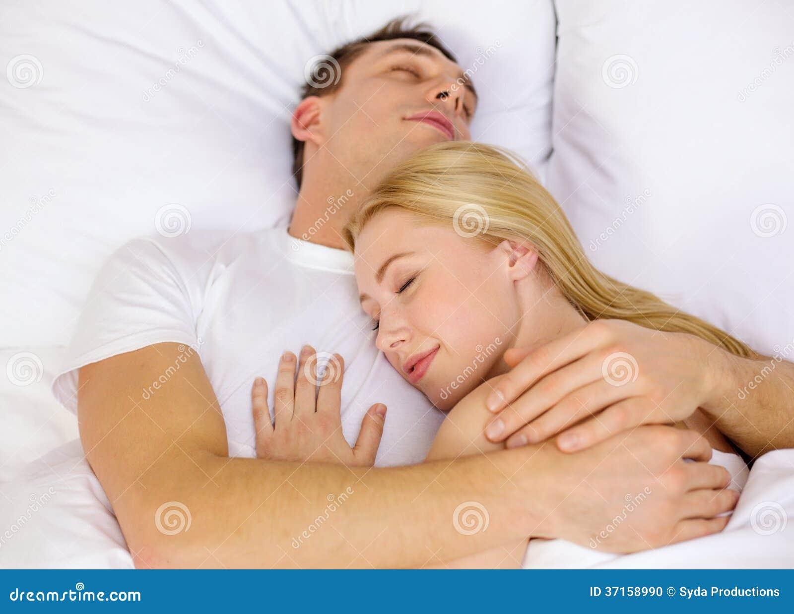 Что если девушки спят вместе, Изучите и запомните: как вычислить девушку. - Limon 23 фотография