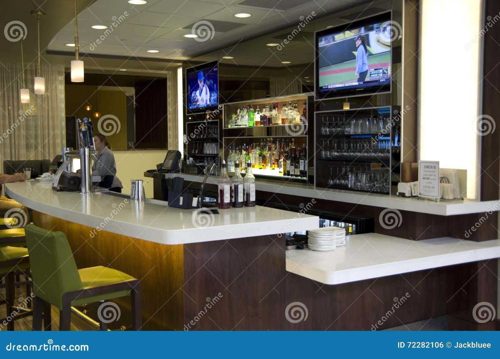 Download Счетчик бара отеля редакционное фото. изображение насчитывающей барбекю - 72282106