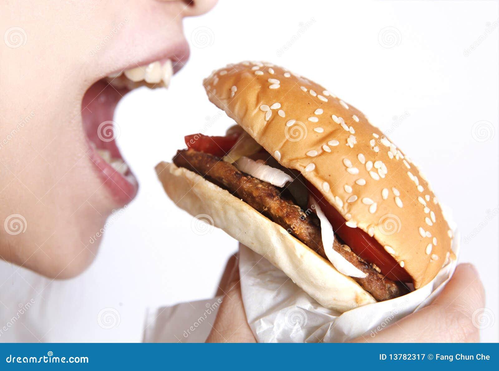 съешьте гамбургер