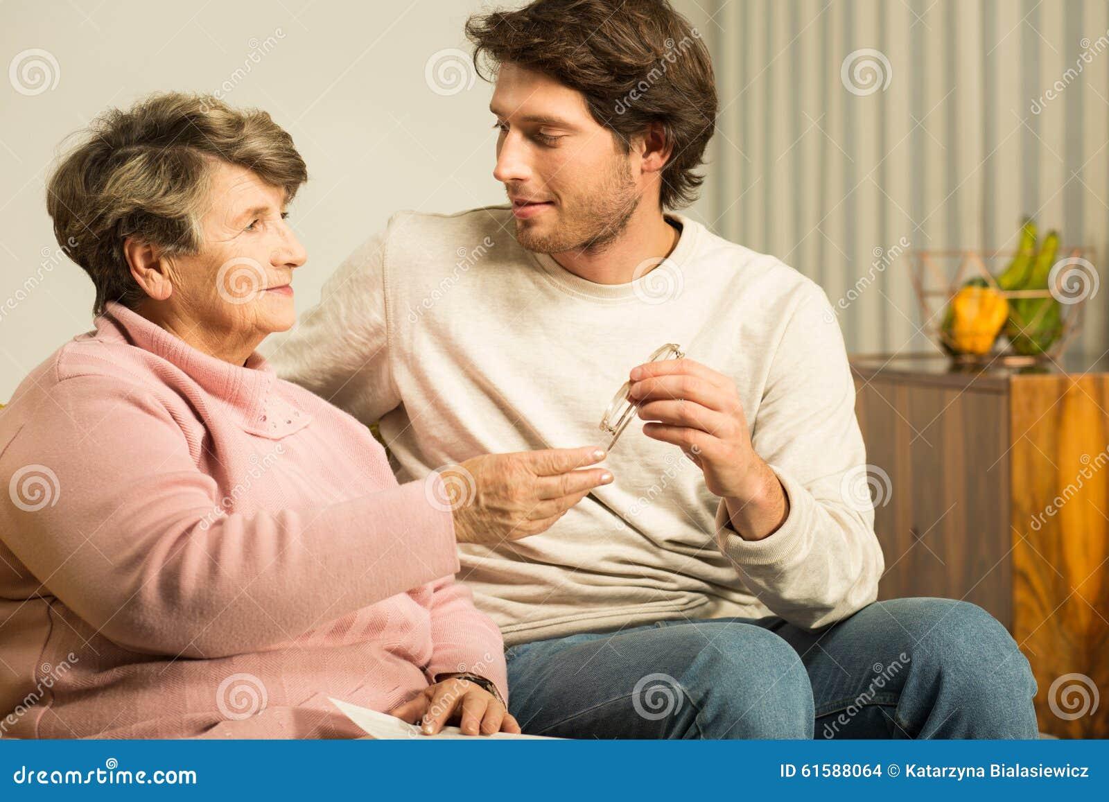 Сын и мать любовники в тайне от отца, Сын и мама в тайне о отца стали Любовниками 24 фотография