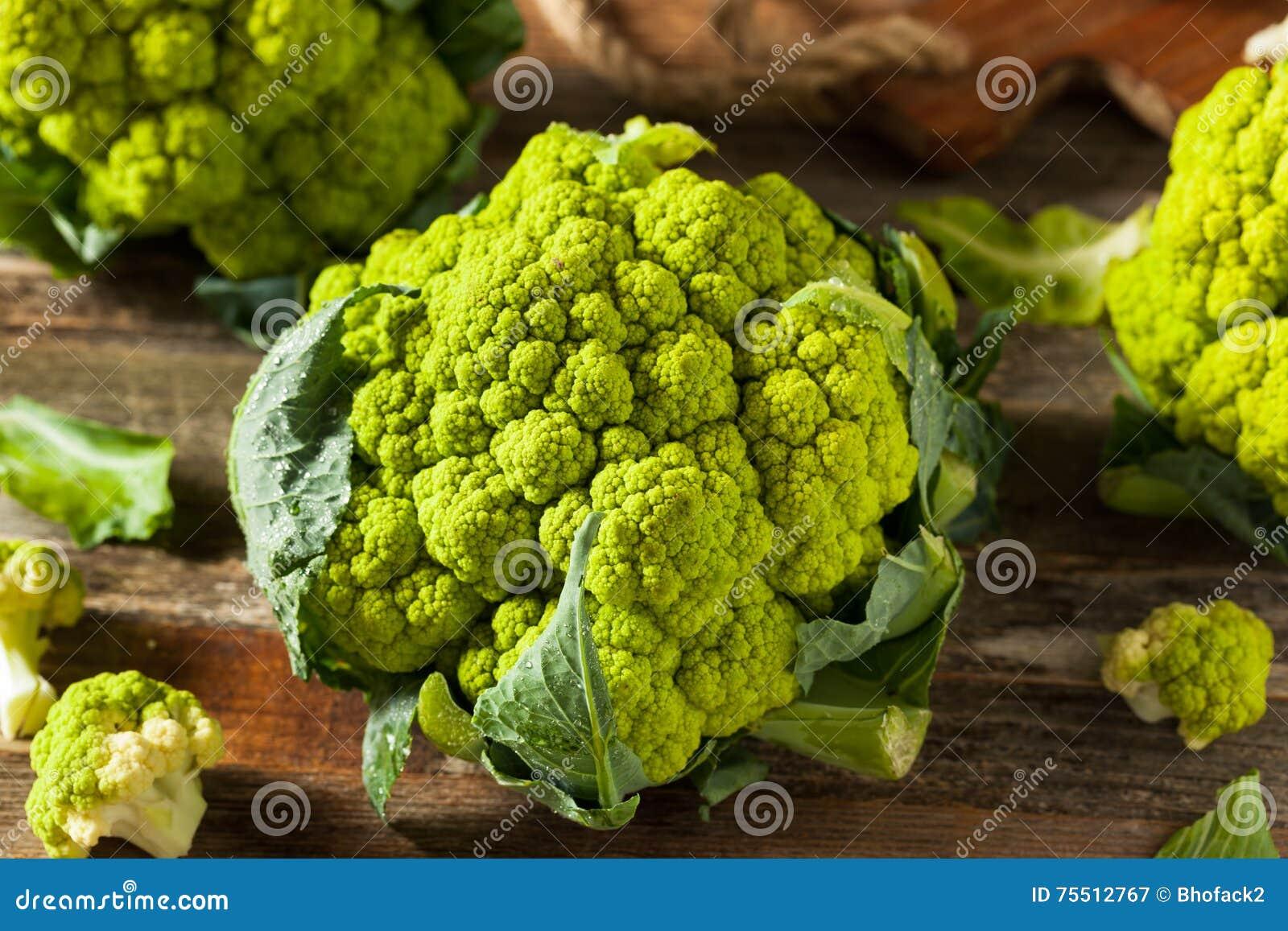 зелёная цветная капуста фото