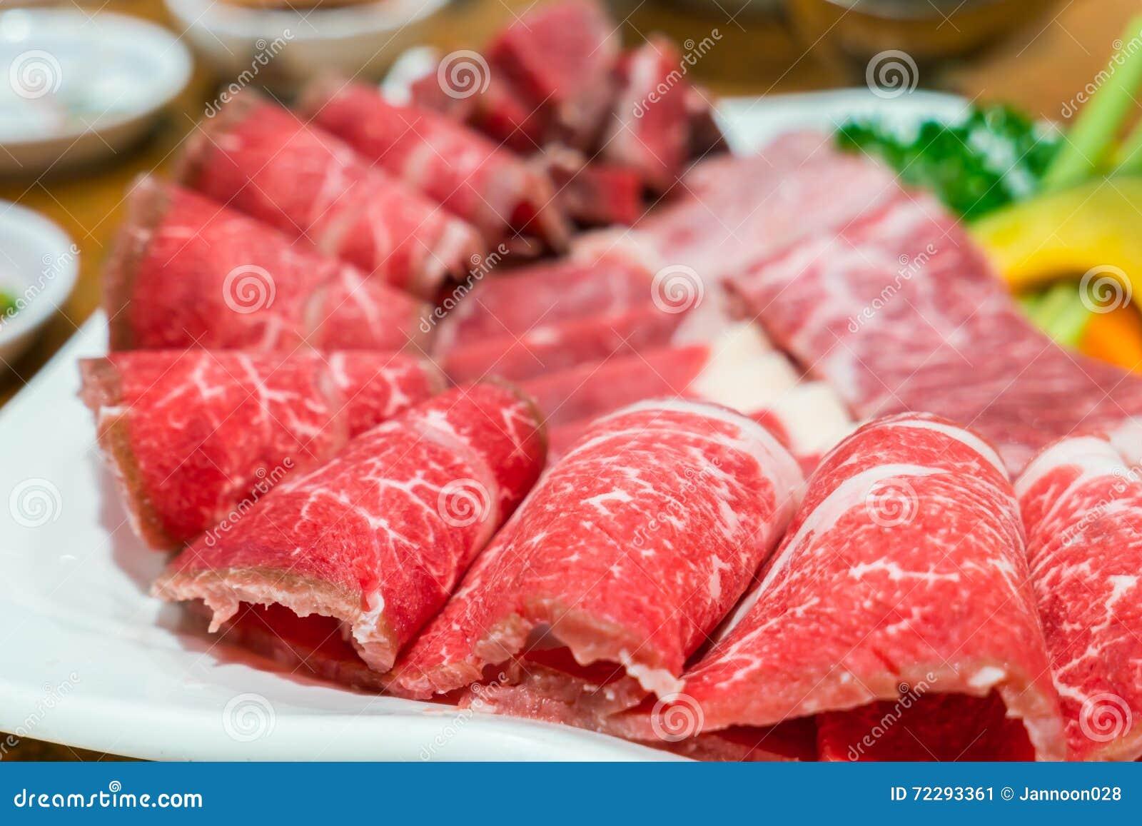 Download сырцовое говядины свежее стоковое изображение. изображение насчитывающей кухня - 72293361