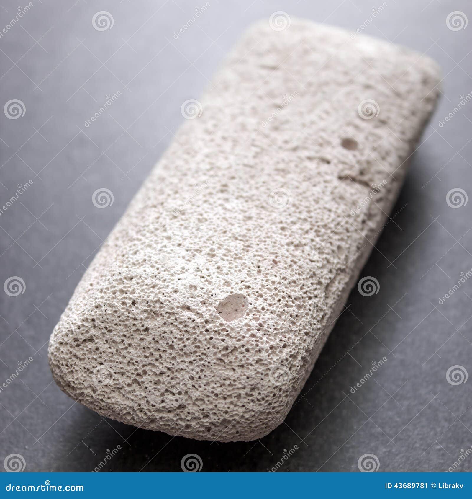 Сырцовый камень пемзы