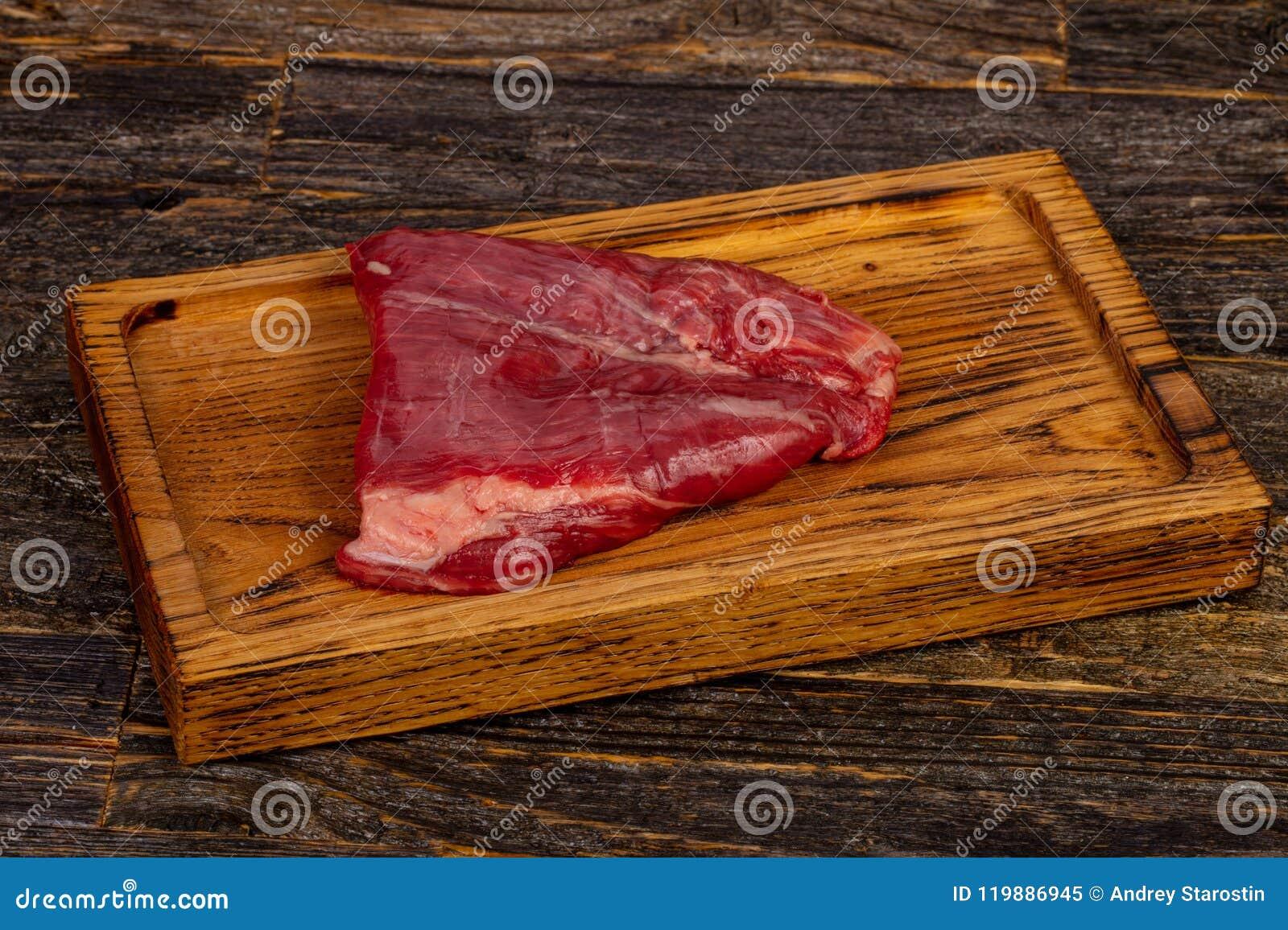 Сырцовый стейк фланка говядины