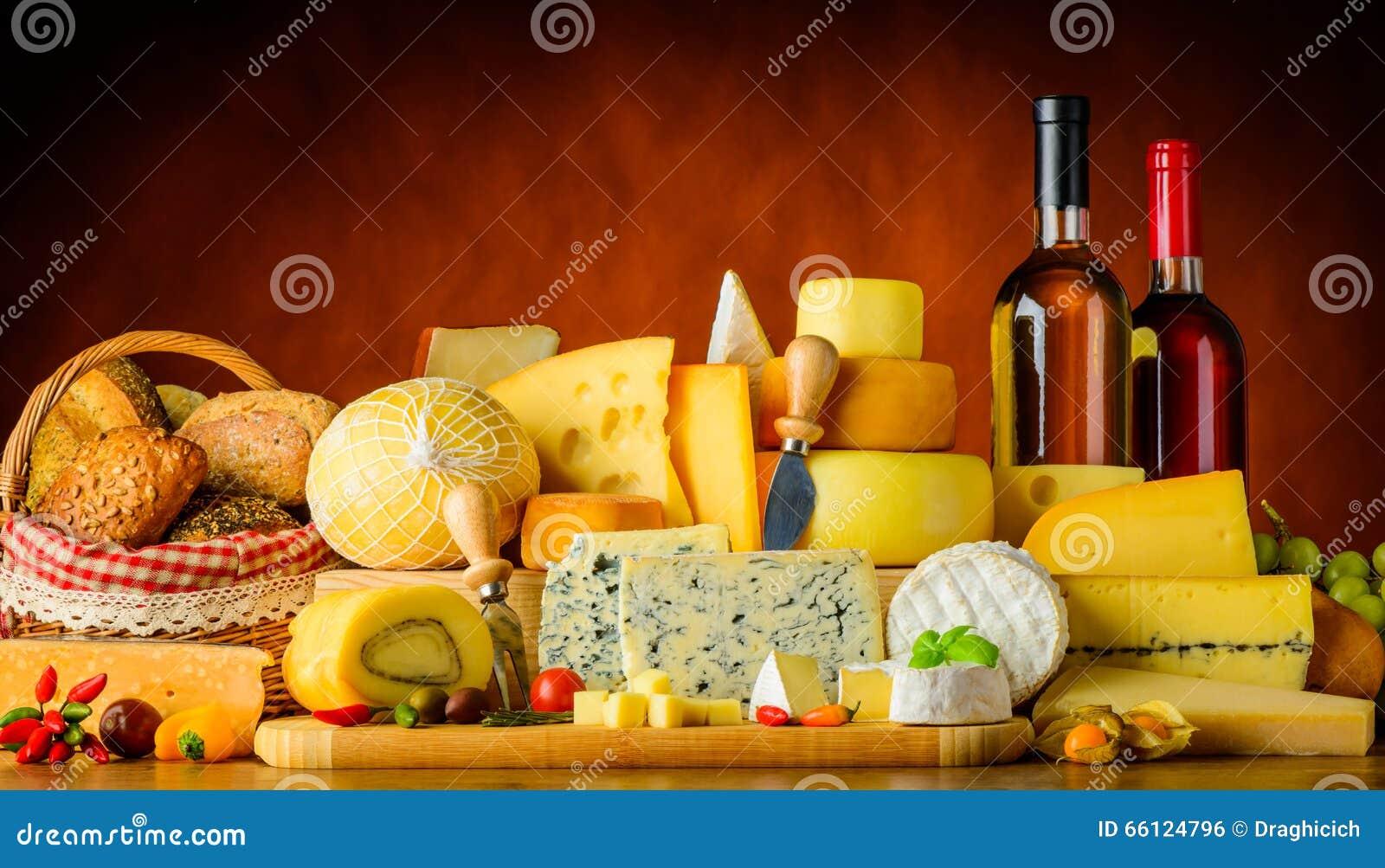 Сыр, вино и хлеб