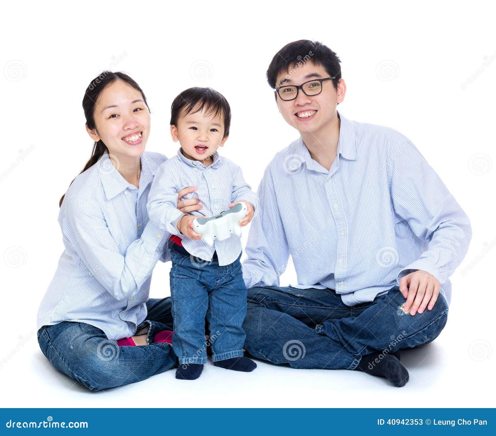 Сь семья