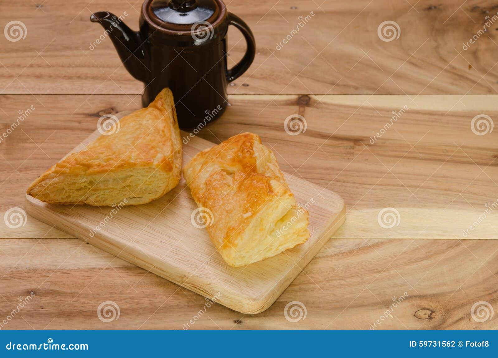 Слойка и пирог