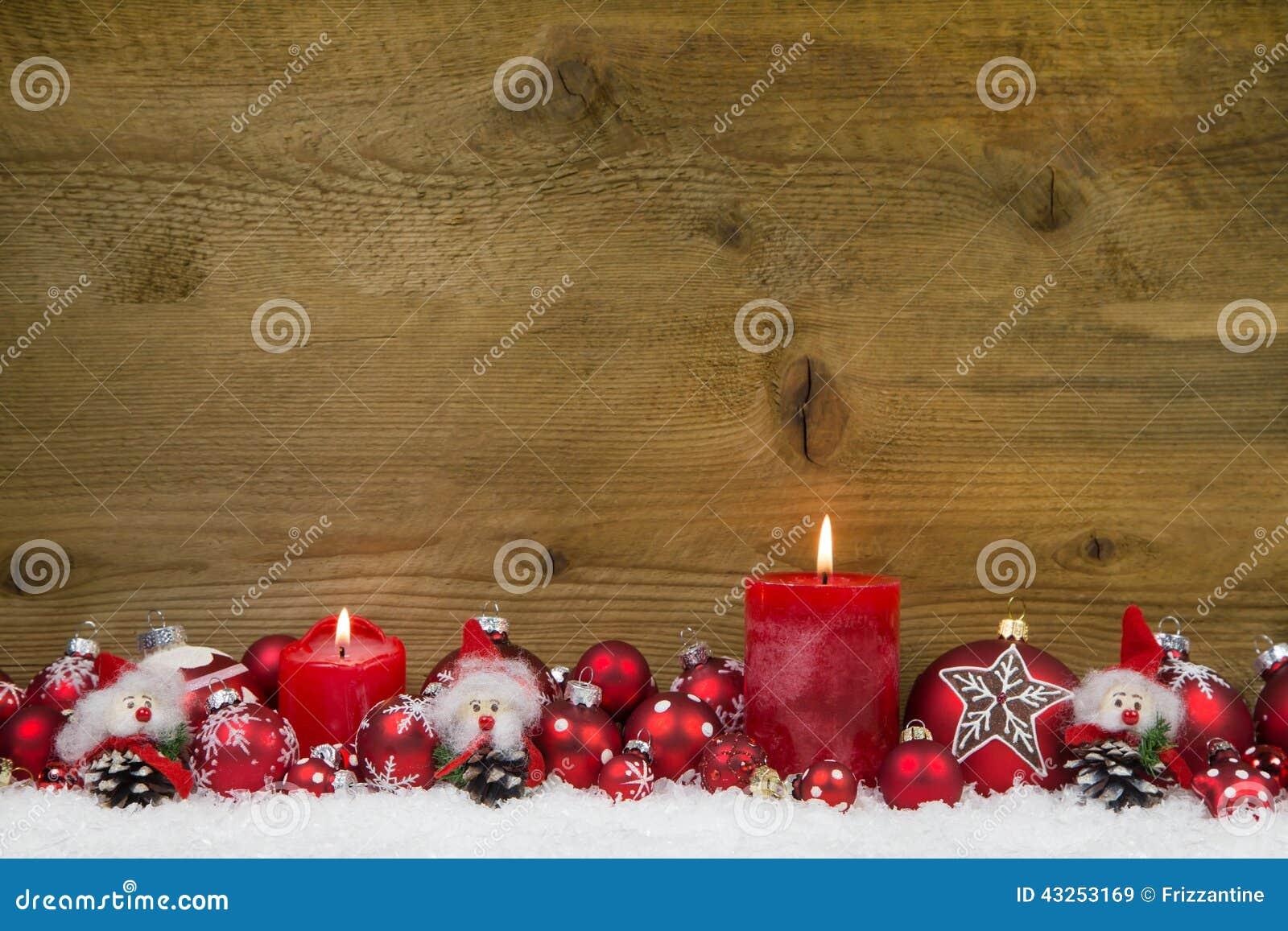 С Рождеством Христовым: Классическое украшение рождества в красном и белом w