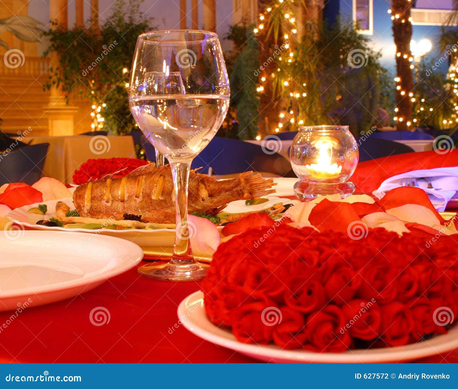 таблица красного цвета обеда