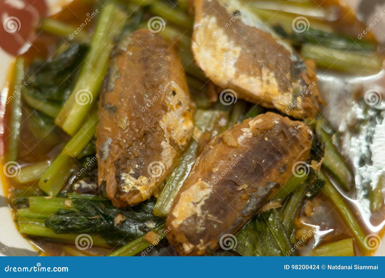 Download Тайская и китайская еда стоковое фото. изображение насчитывающей овощ - 98200424