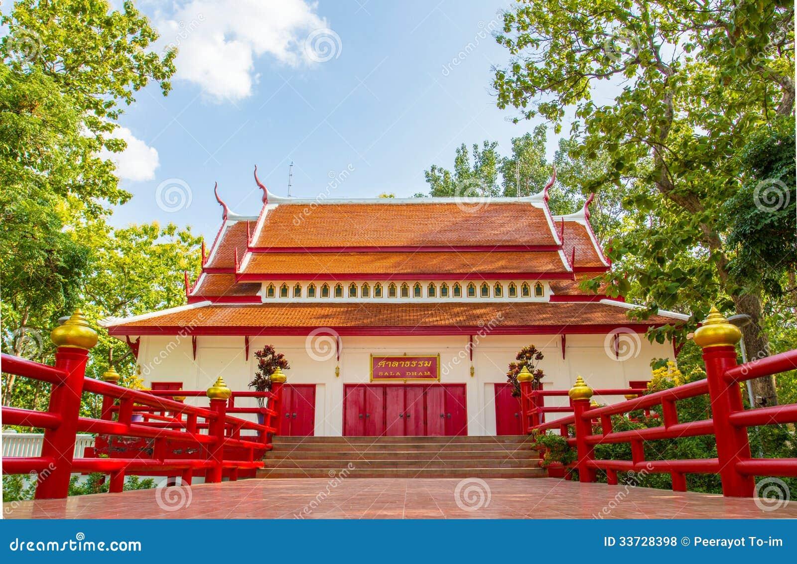 Тайская красивая архитектура, висок.