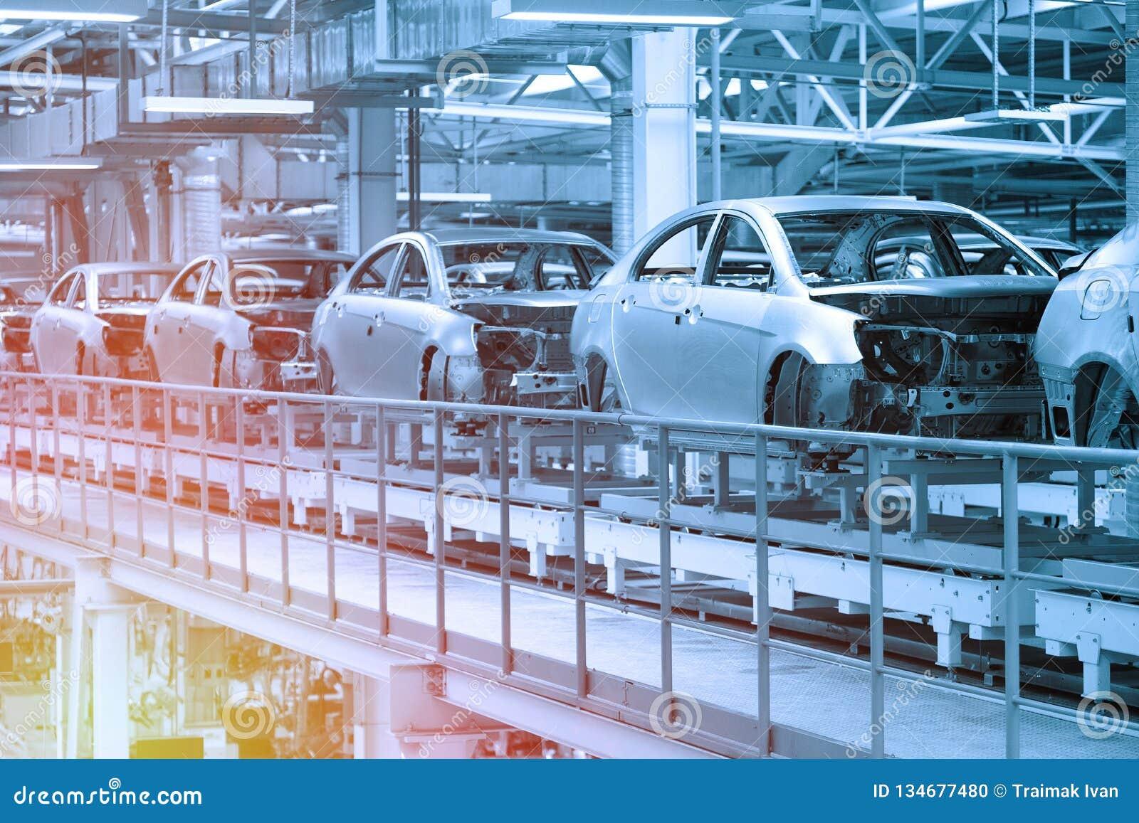 Автомобилестроение конвейер фольксваген т5 транспортер блок предохранителей