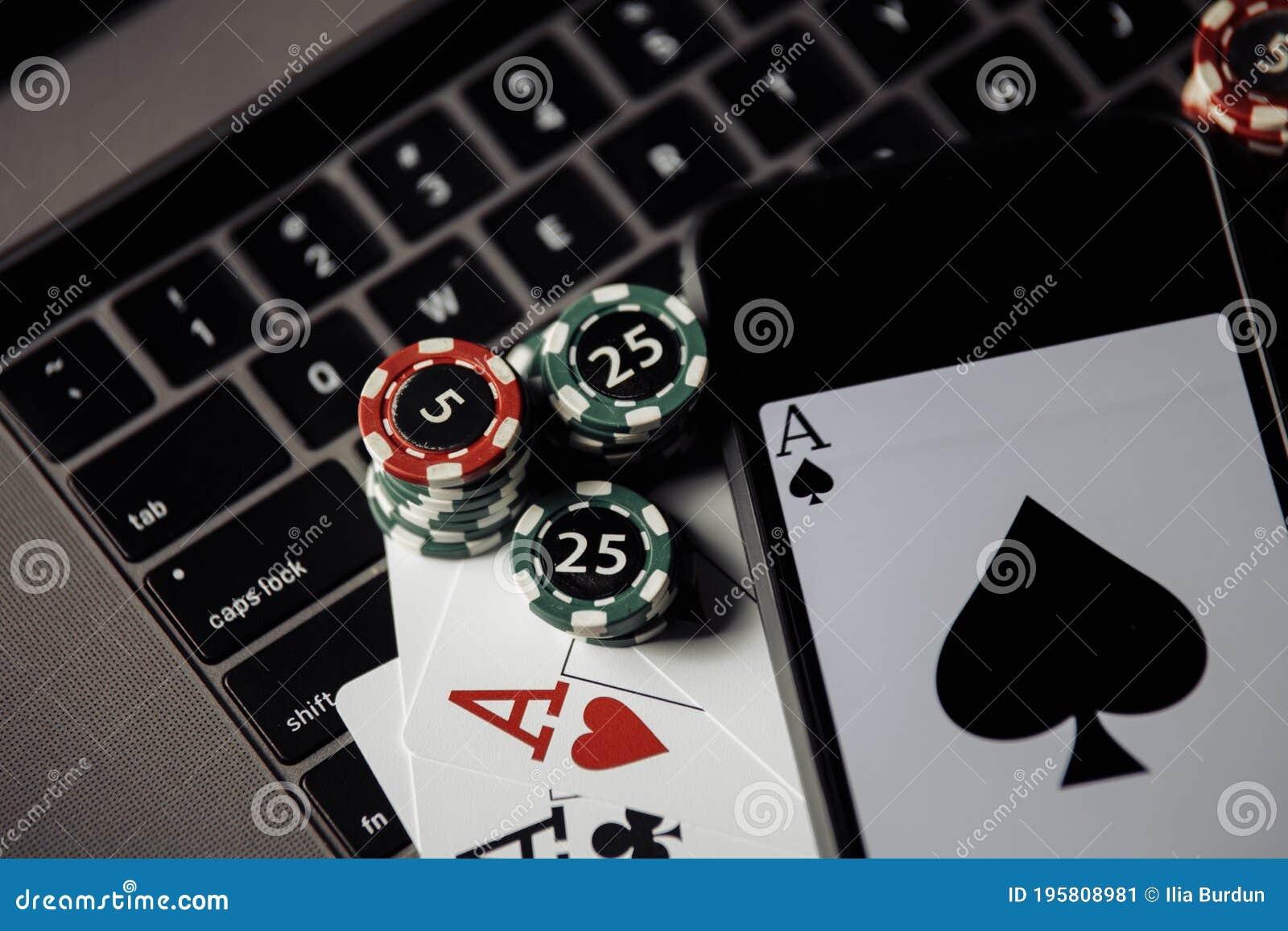 казино покер карты онлайн