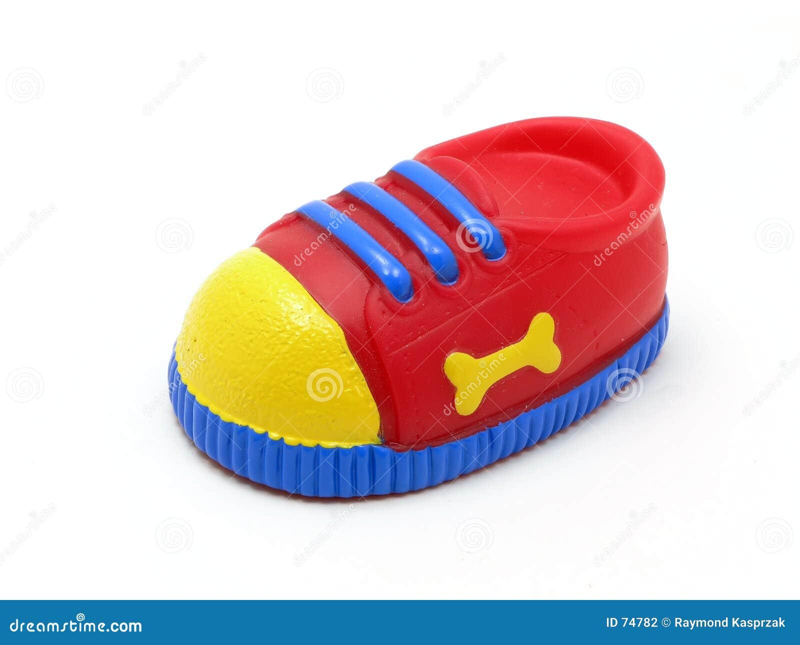 теннис ботинка собаки