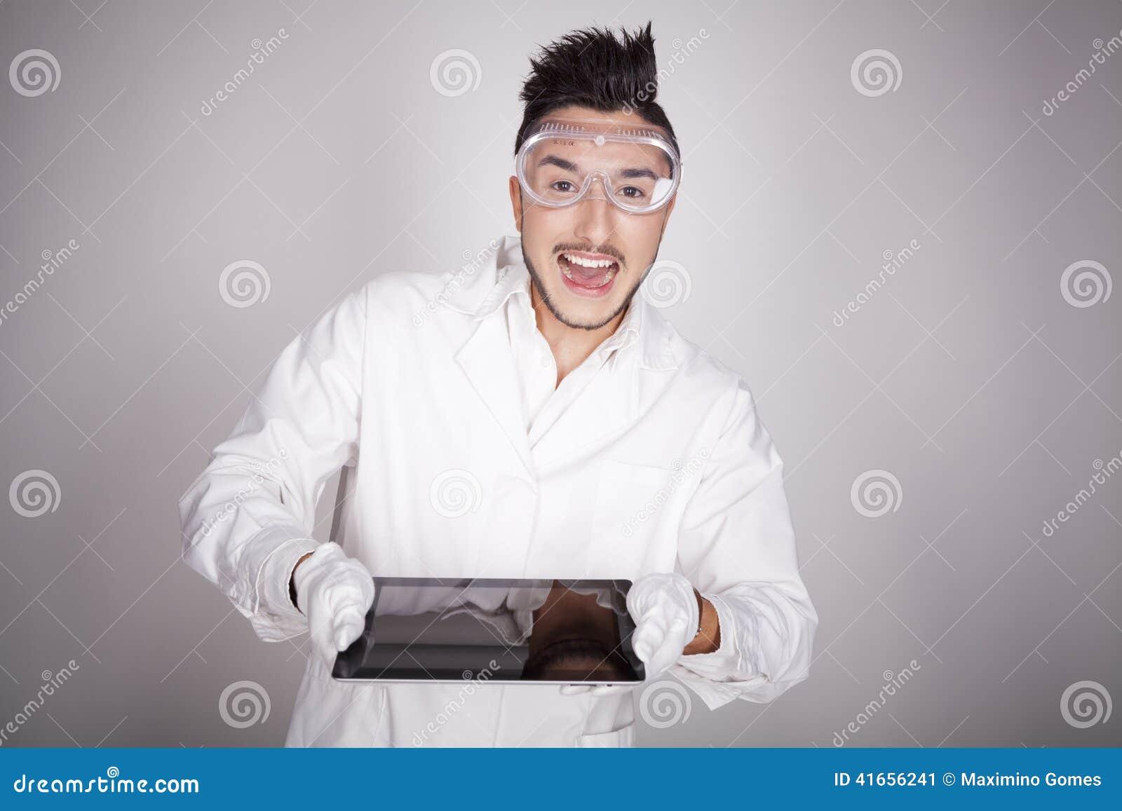 Техническое молодого человека электронное