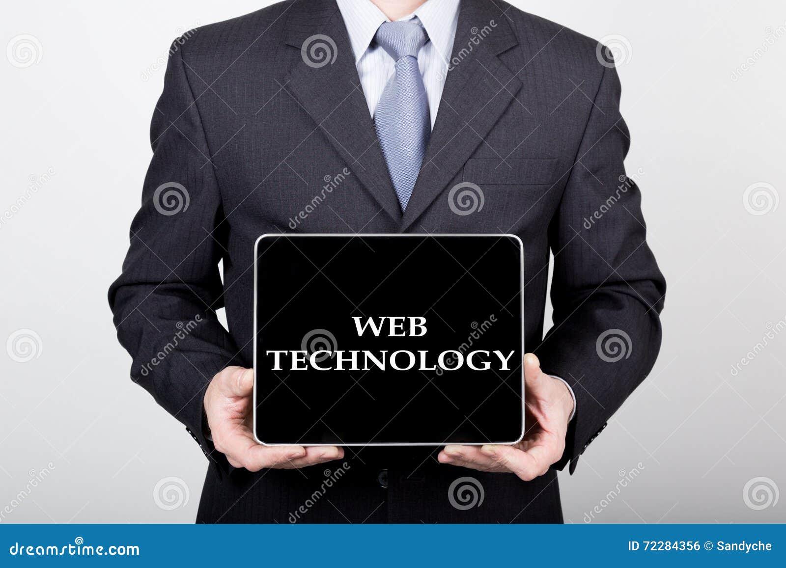 Download Технология, интернет и сеть в концепции дела - бизнесмен держа ПК таблетки с знаком технологии сети Стоковое Фото - изображение насчитывающей тип, клиент: 72284356