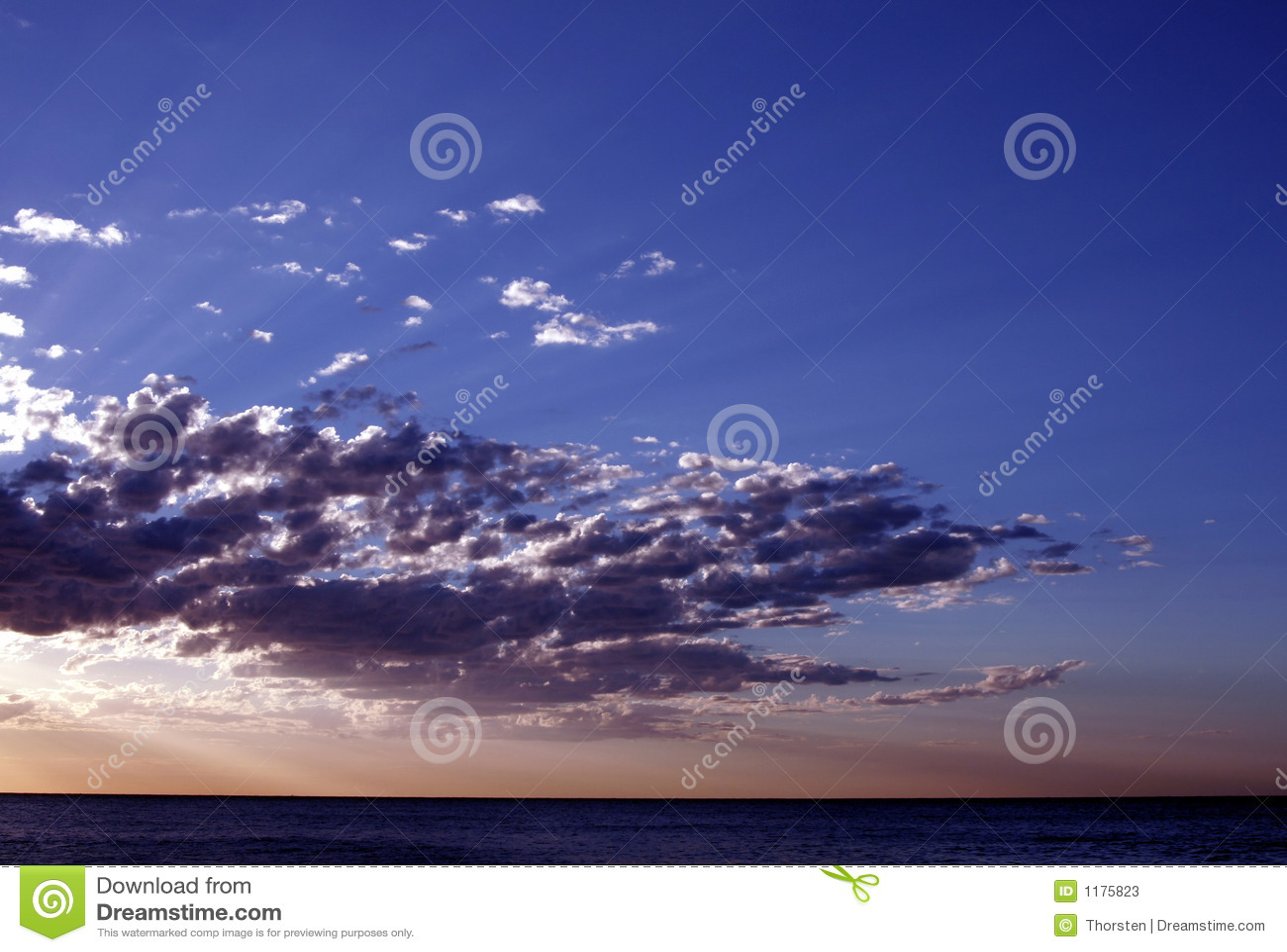 Тихий океан восход солнца