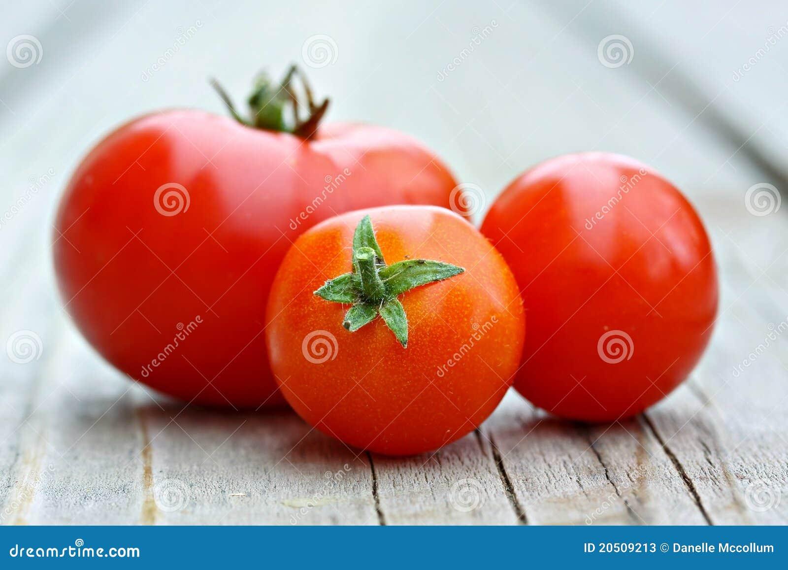 томаты вишни