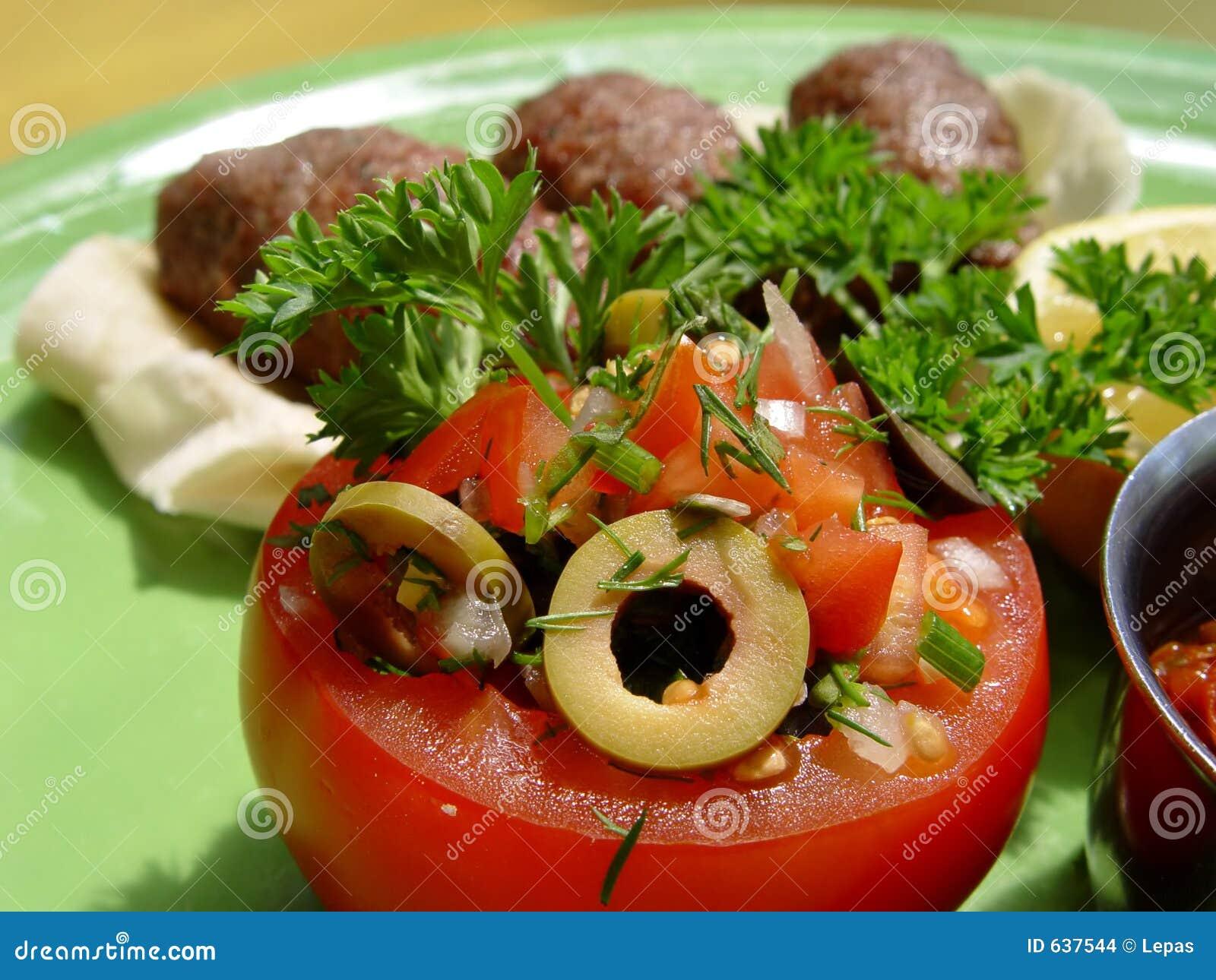 Download томат стоковое фото. изображение насчитывающей плита, тесто - 637544