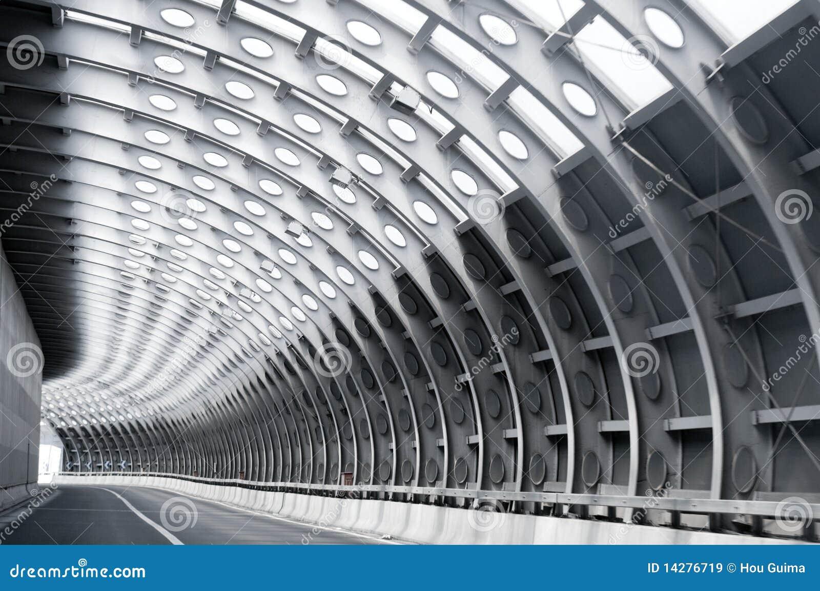 тоннель дороги