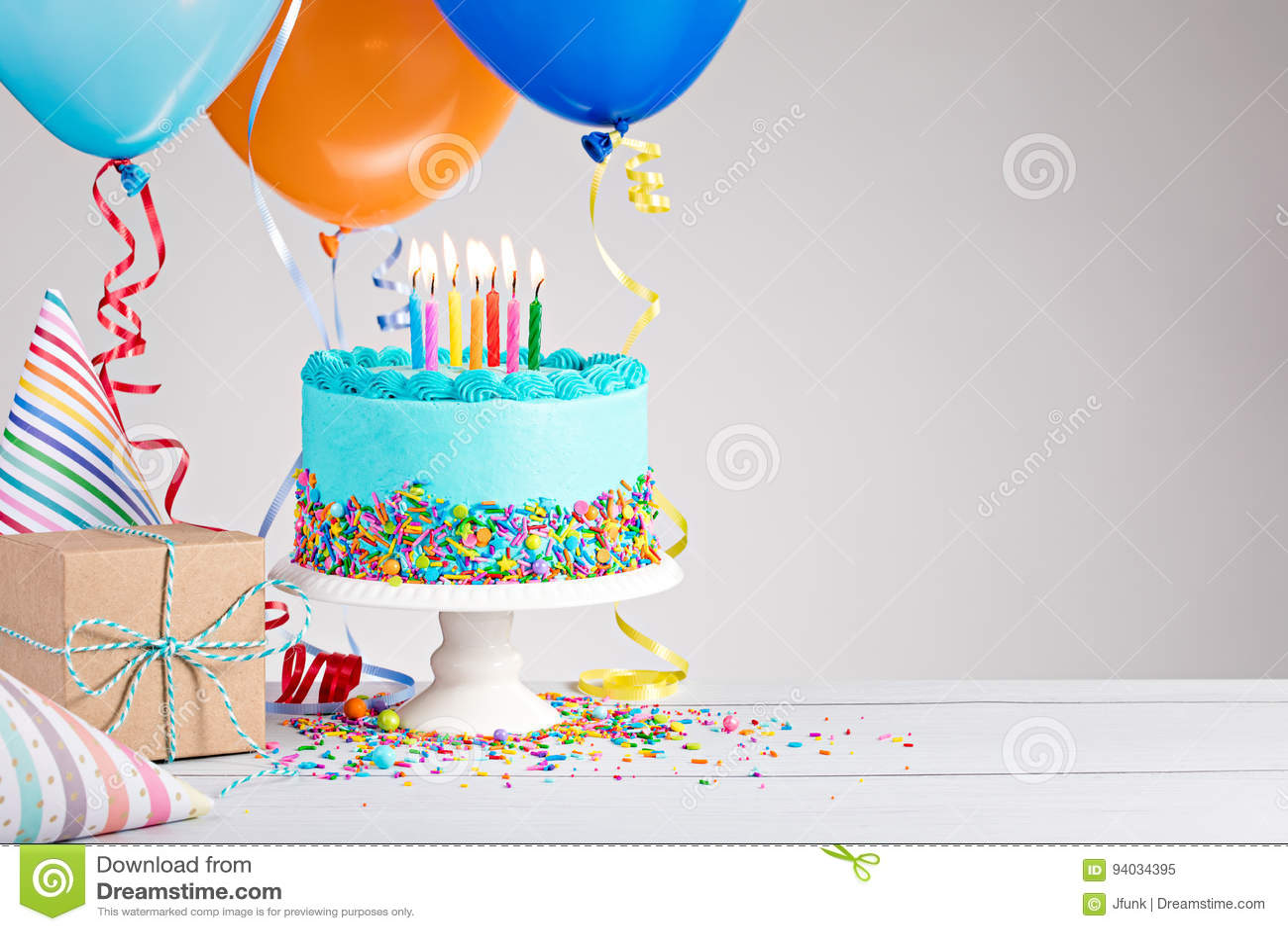 торт дня рождения голубой