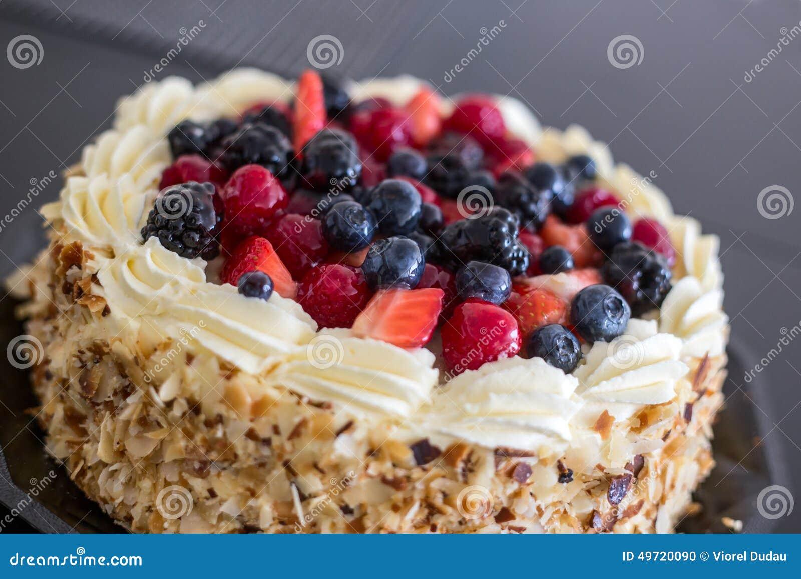 Торт плодоовощей леса