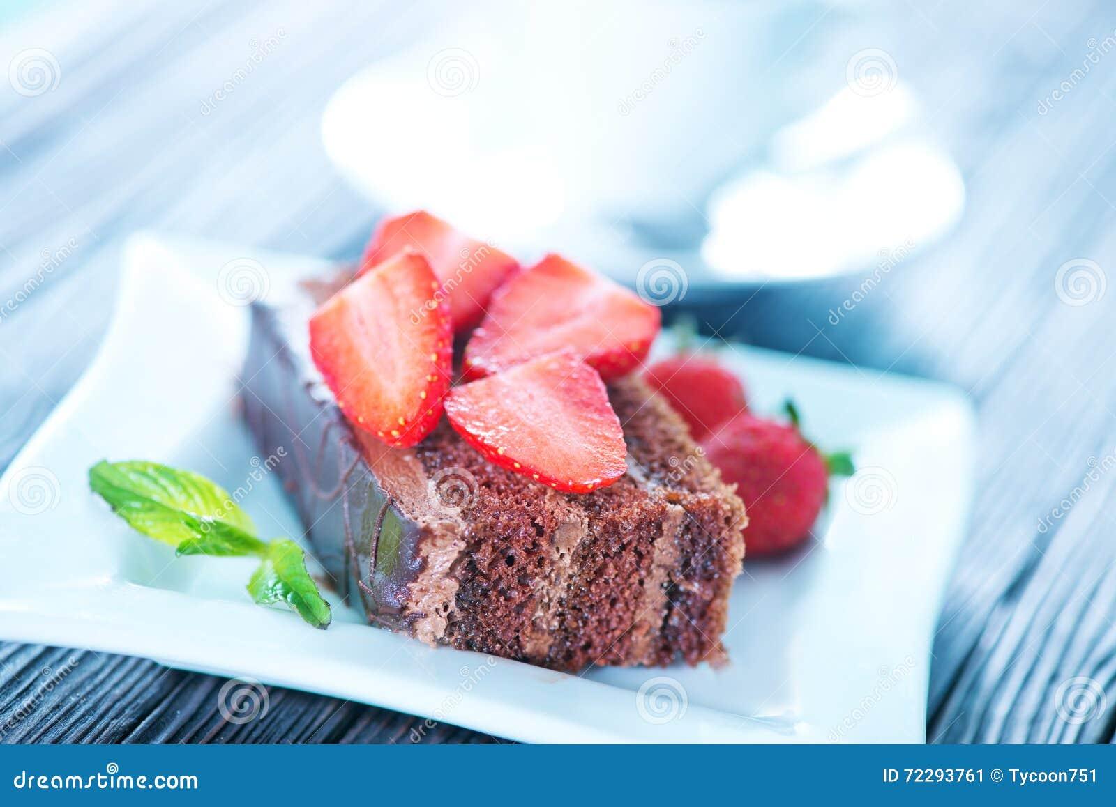 Download Торт шоколада стоковое изображение. изображение насчитывающей калории - 72293761