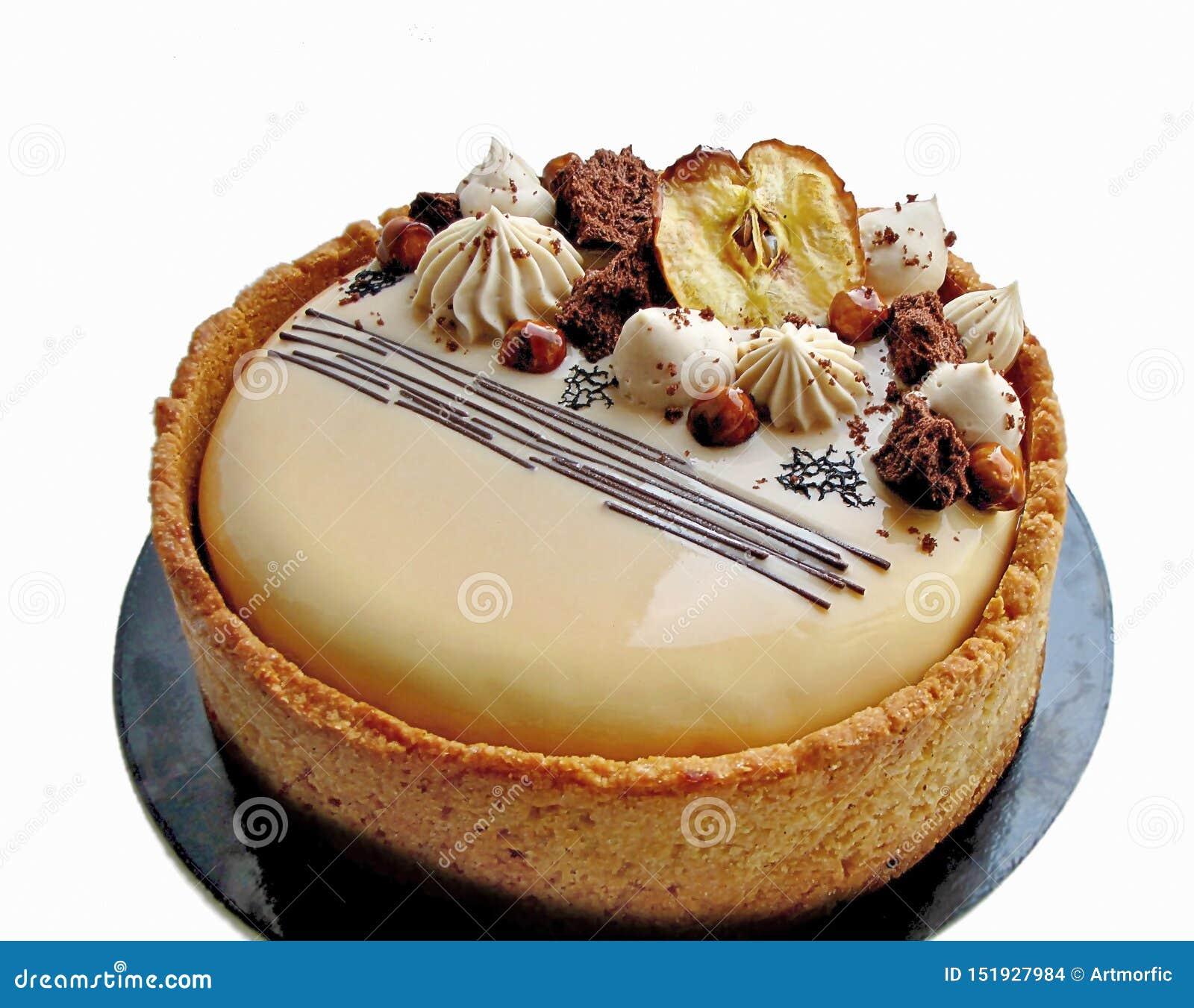 Торт Яблока и карамельки с фундуками и границей печенья