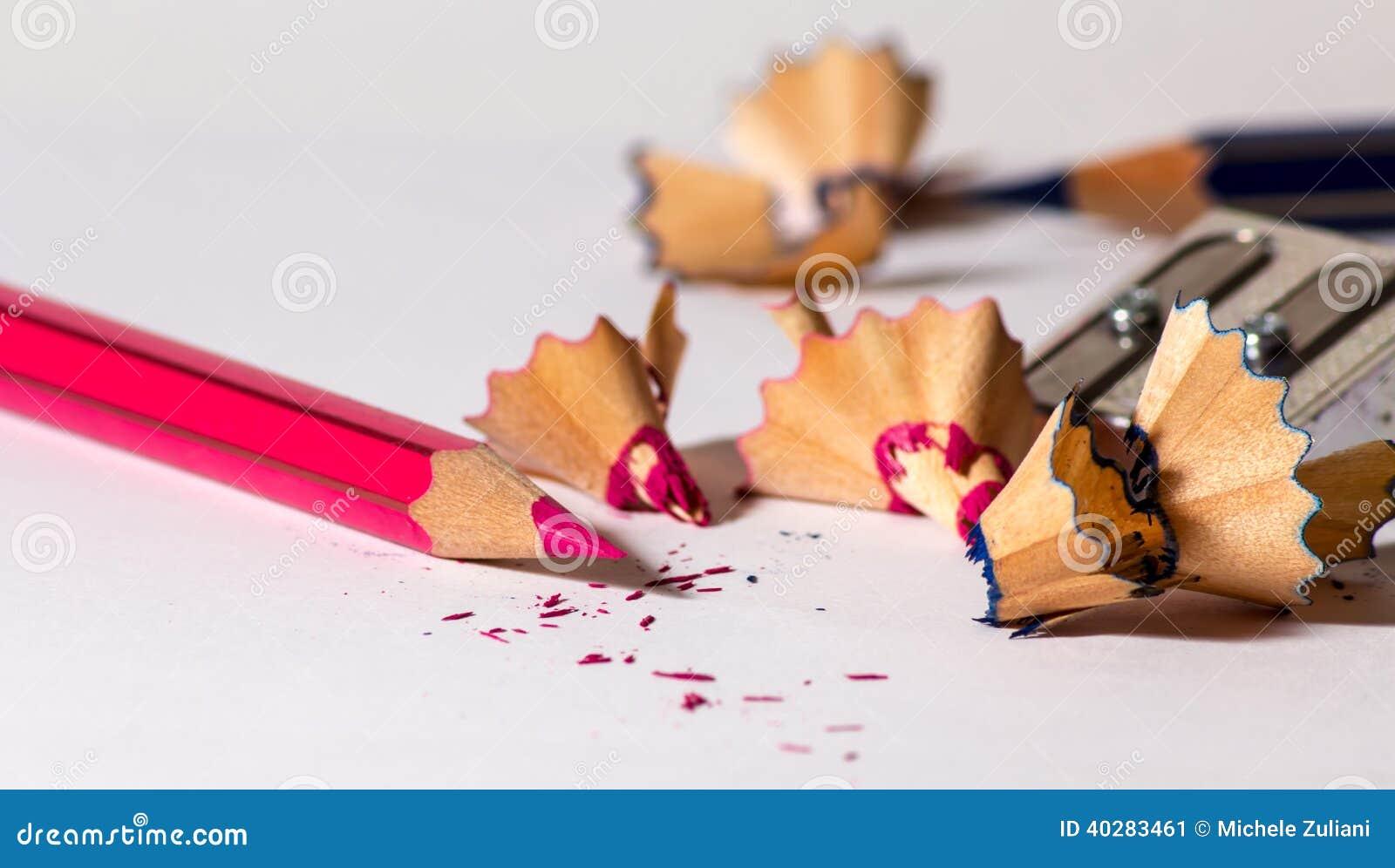 Точить красный карандаш