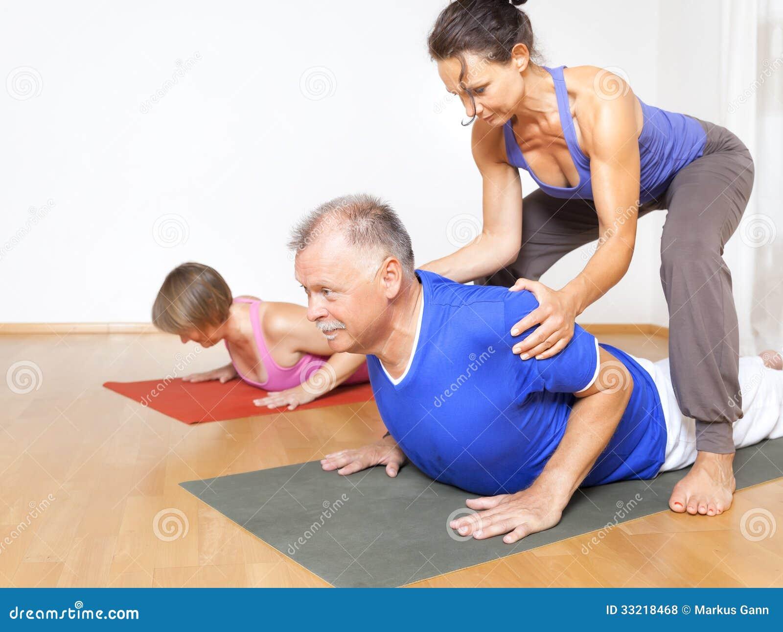 Тренировка йоги