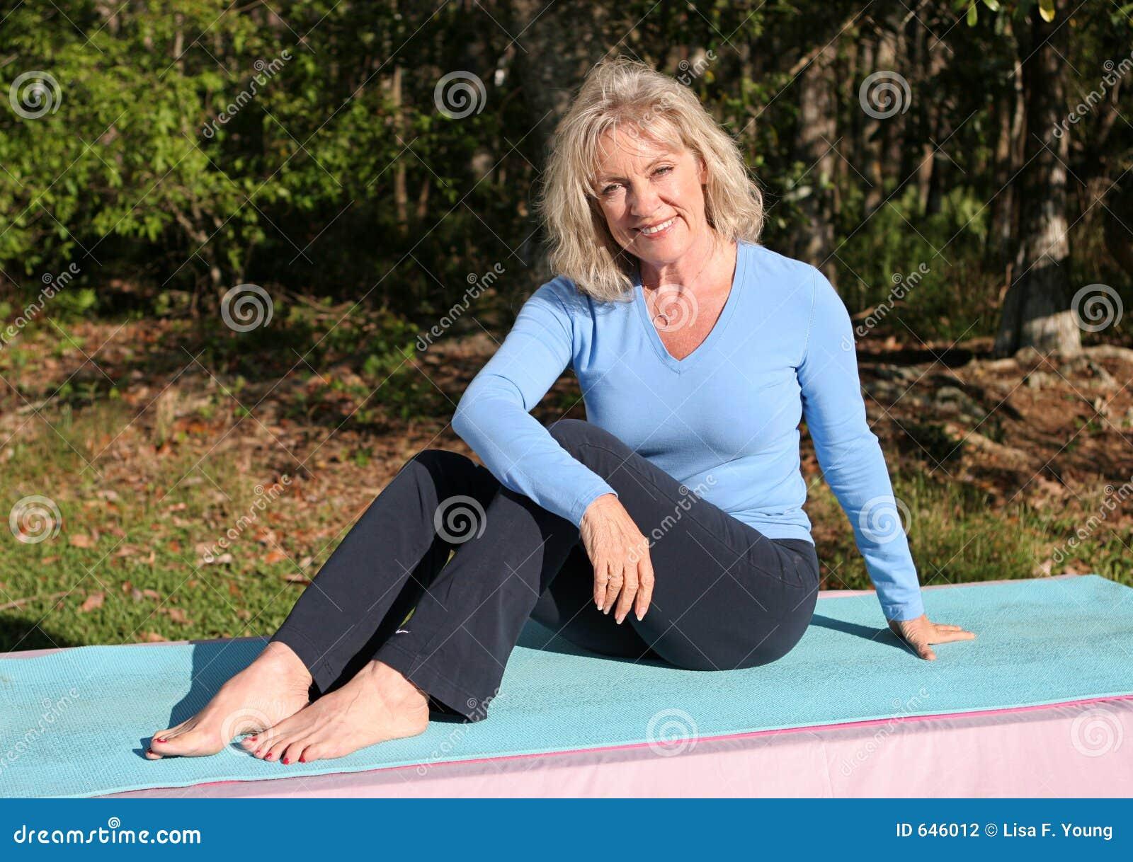 Download тренировка outdoors стоковое фото. изображение насчитывающей тренировка - 646012
