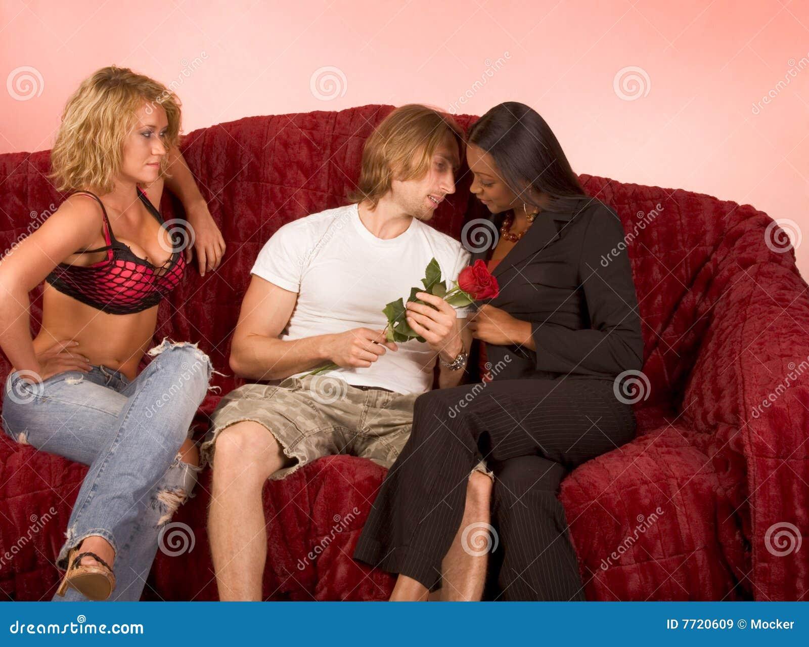 Блондинка В Кружевной Маске Сплюнула Сперму Подруге В Рот