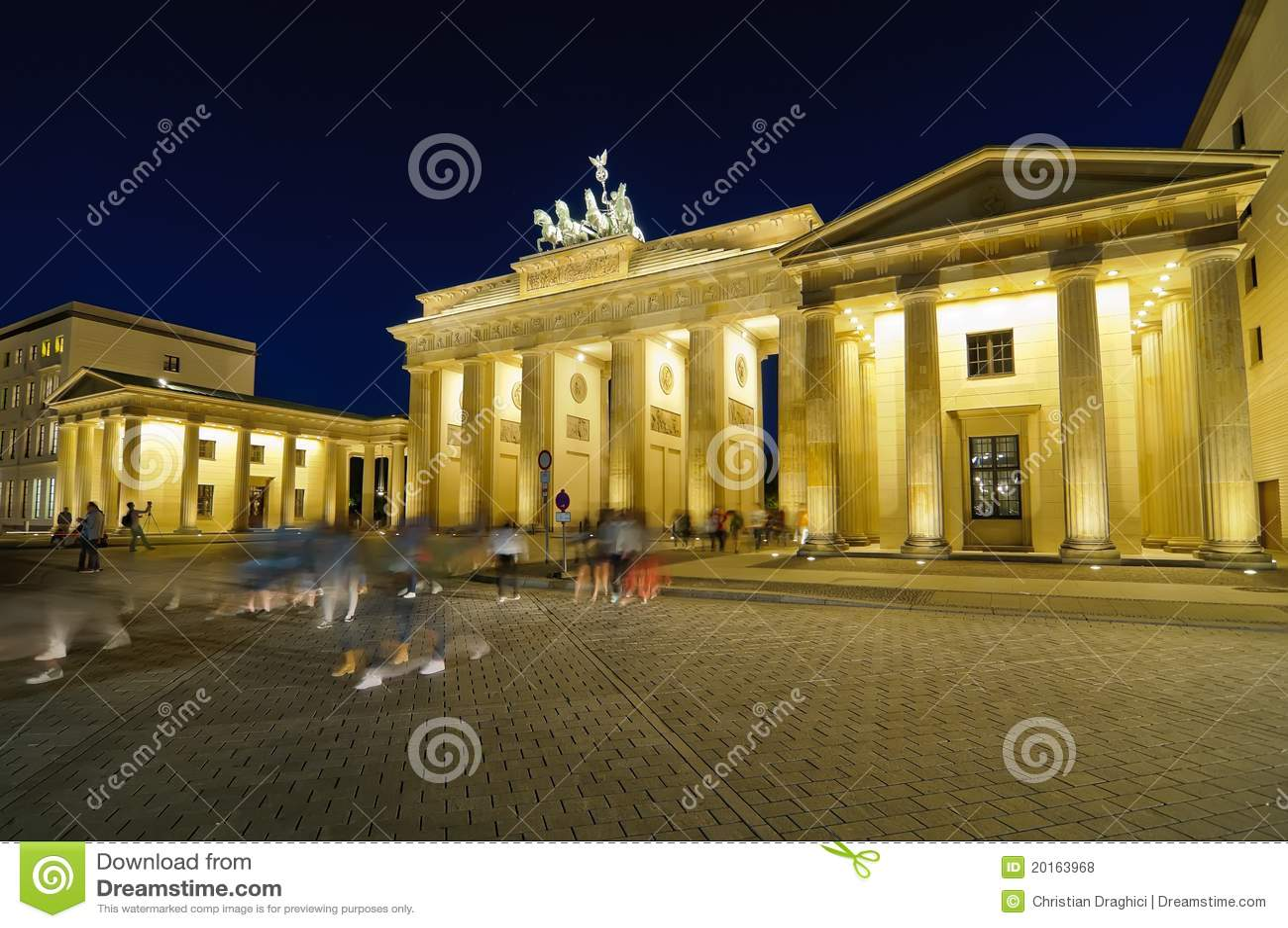 Туристы в городе, berlin