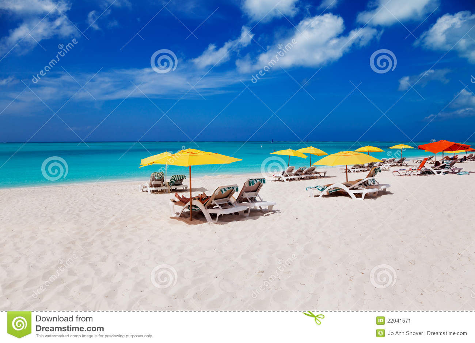 турки фиоритуры caicos пляжа залива