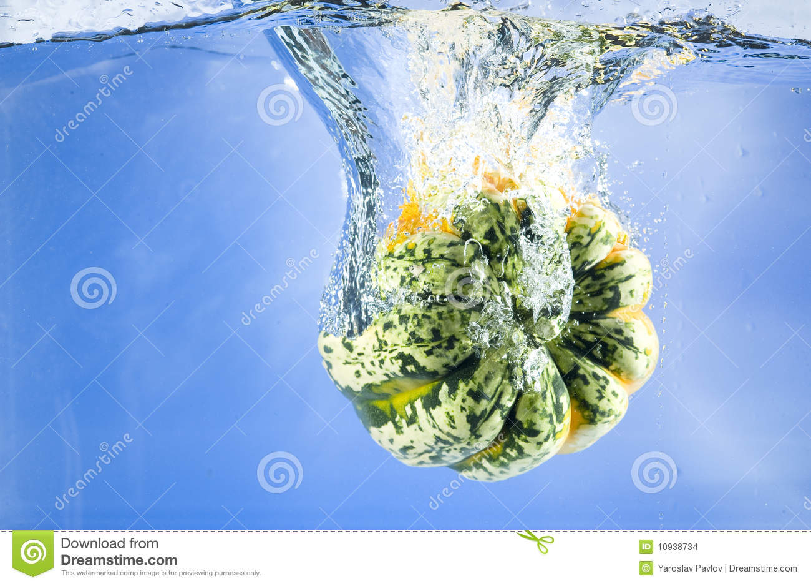 Тыква в воде