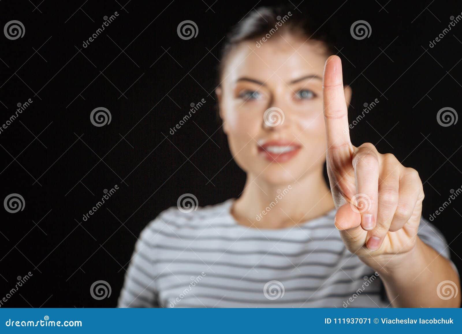 Как сделать приятно пальцем женщине 4