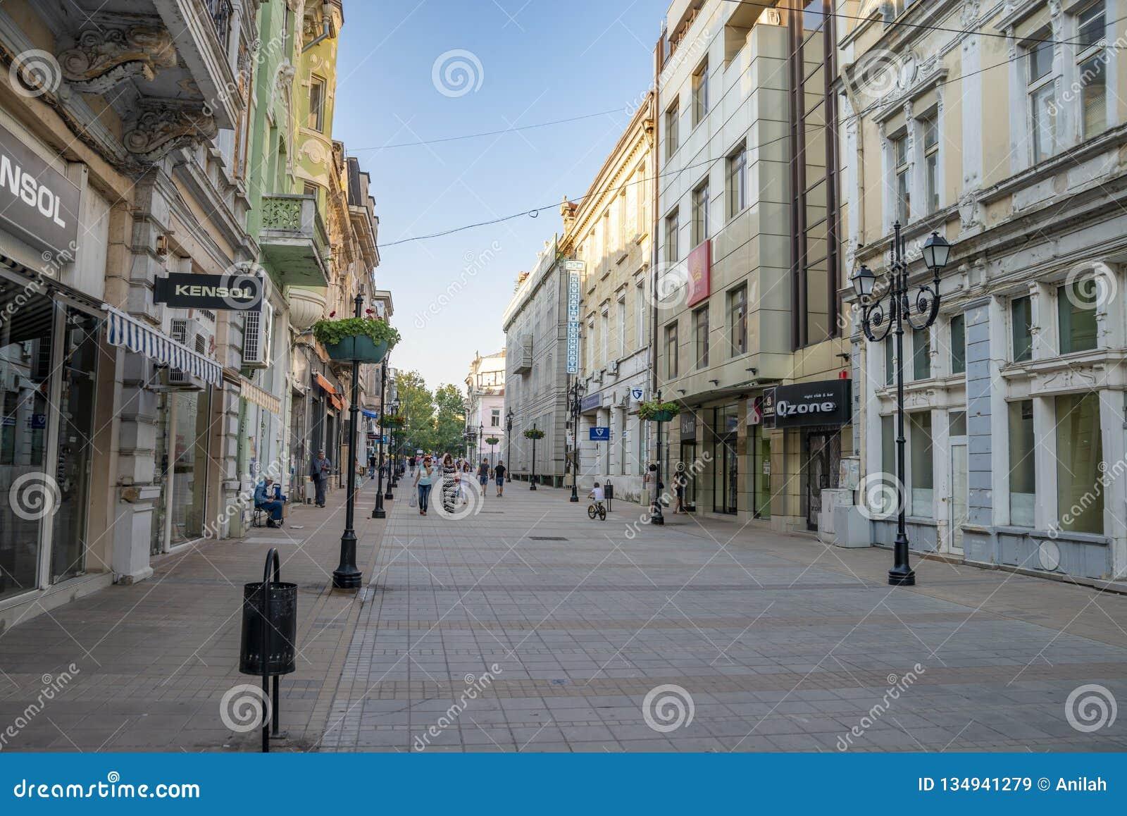 Улица в уловке в Болгарии