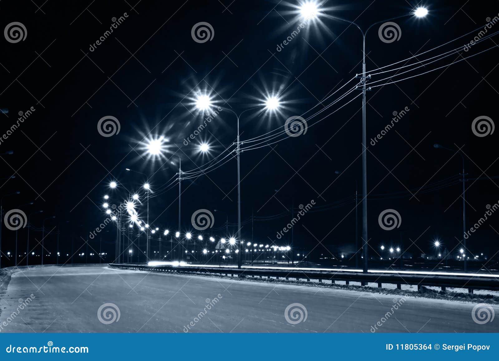 улица ночи фонариков