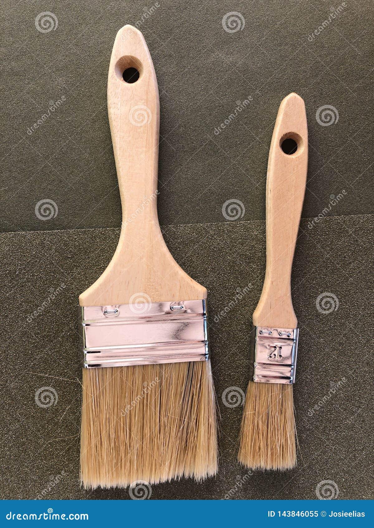 Улучшения дома и DIY, 2 кисти