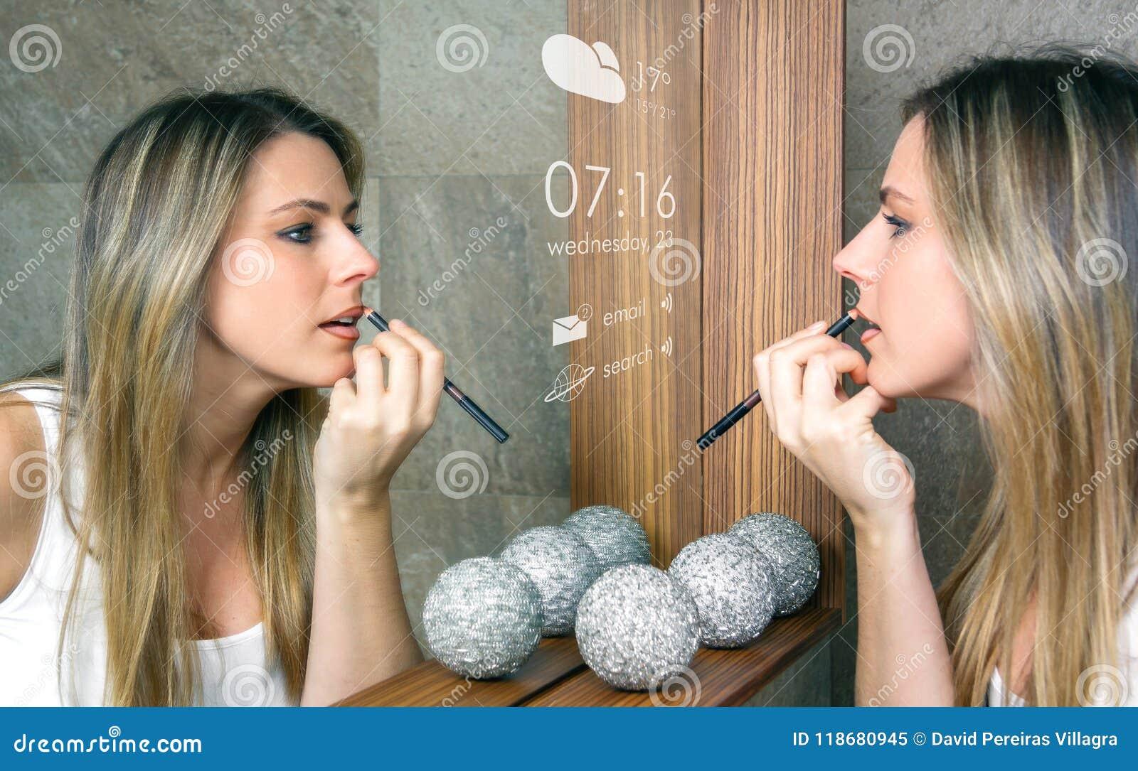 Умная концепция зеркала