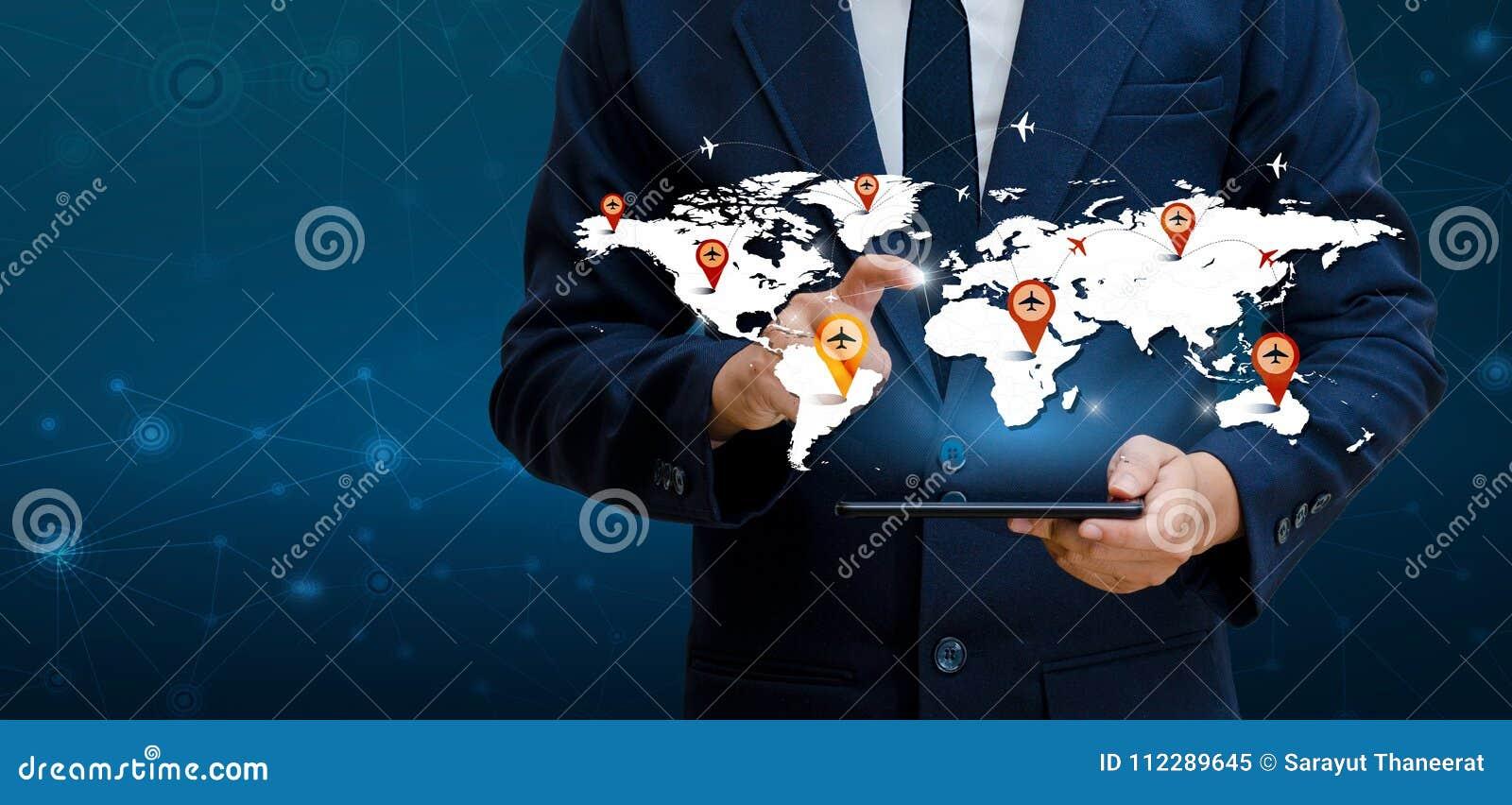 Умные телефоны и предприниматели интернета мира связи соединений глобуса неупотребительные отжимают телефон для того чтобы связыв