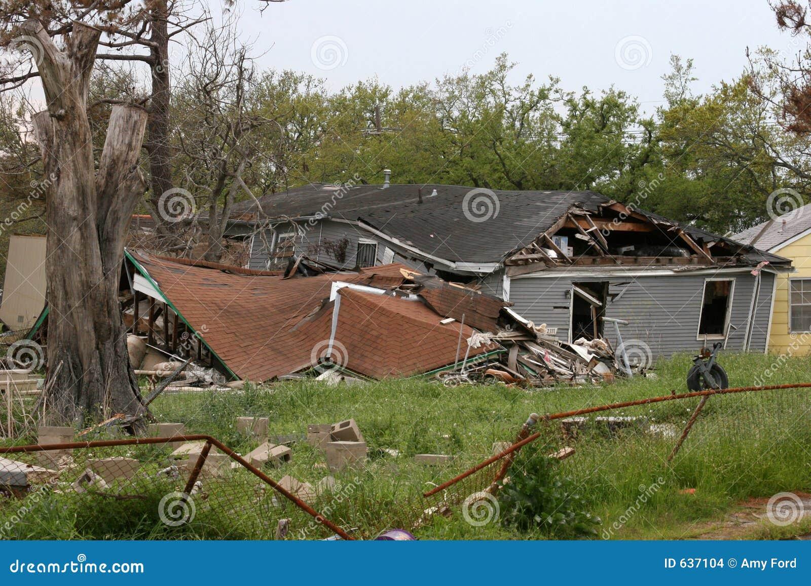 Download ураган Катрина разрушения стоковое фото. изображение насчитывающей пульсация - 637104