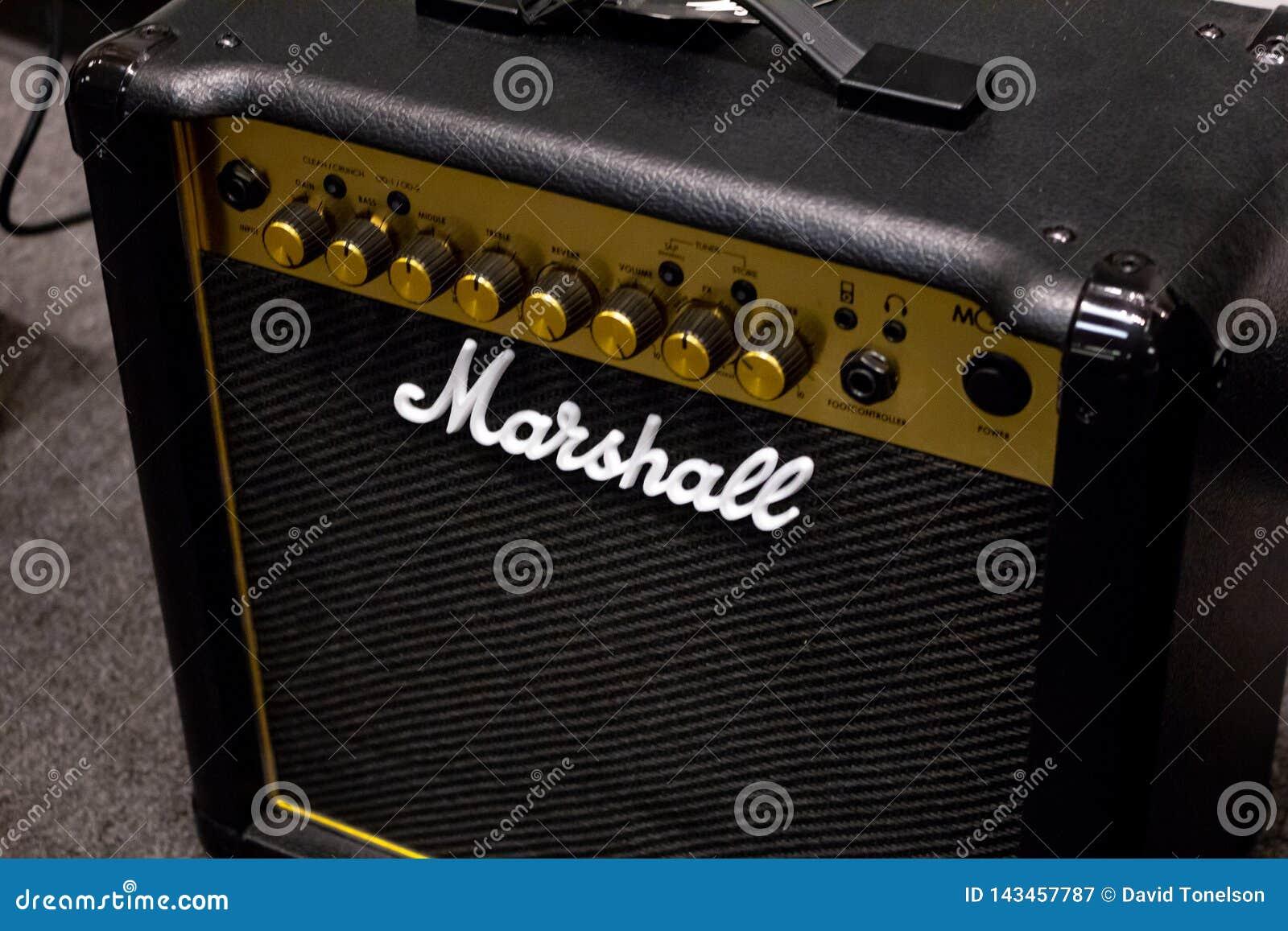 Усилитель бренда Marshall