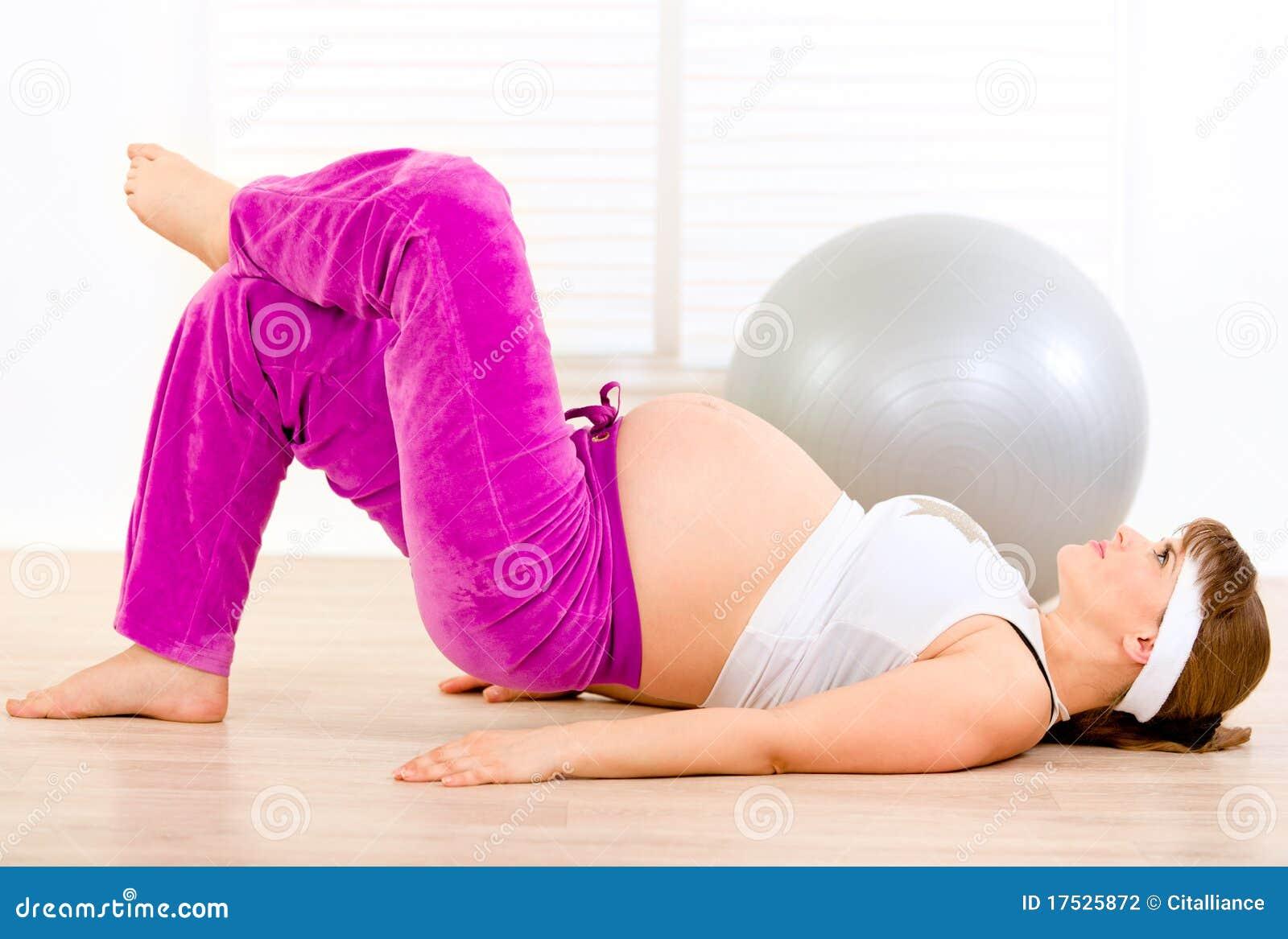 усмехаться женской гимнастики домашний делая супоросый