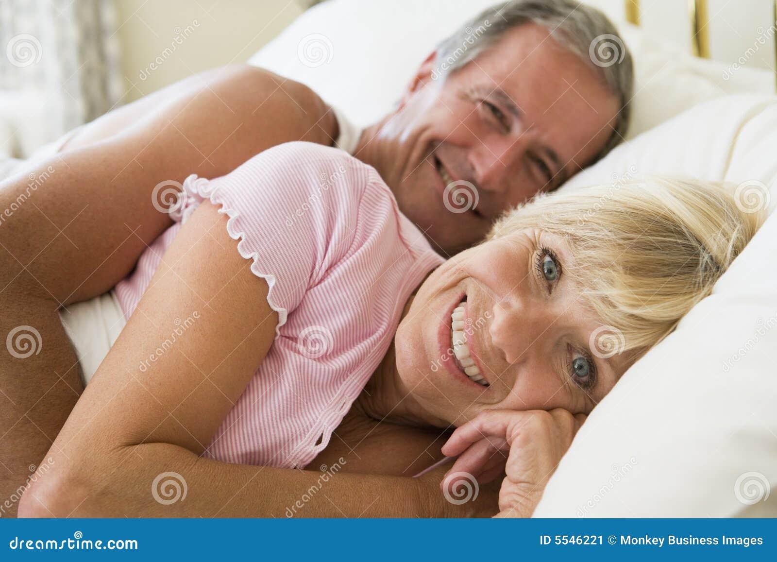 Секс вдвоем в одну дырку, Два члена в одну дырку: порно видео онлайн, смотреть 22 фотография