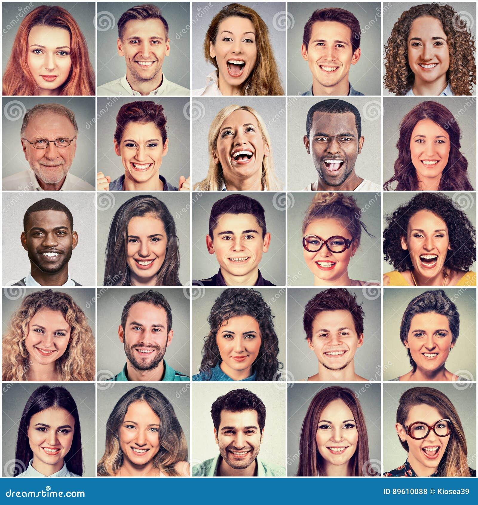 усмехаться сторон Счастливая группа в составе многонациональные люди